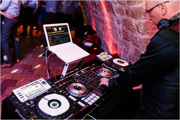 DJ in Paris