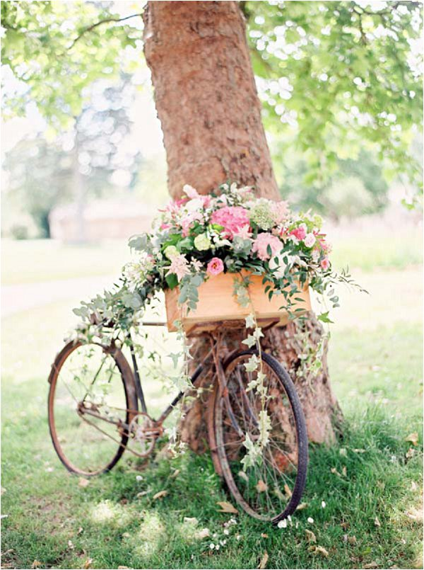 rustic bike decorations