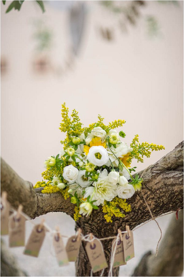 yellow white wedding bouquet