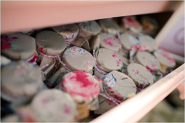 DIY wedding favours