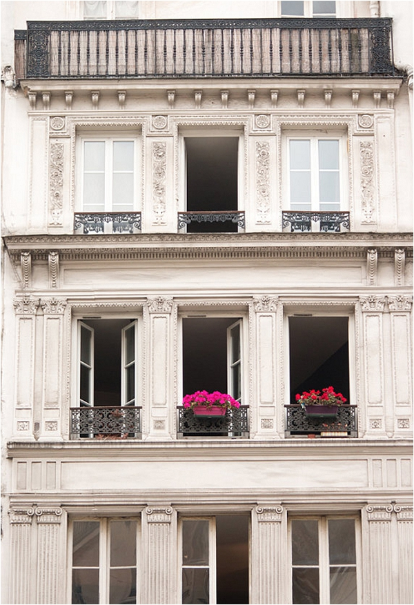 The windows of Paris