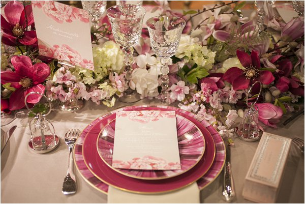 hot pink wedding table