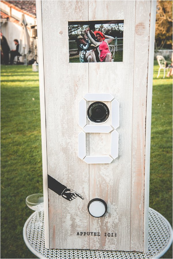 vintage style wedding photobooth