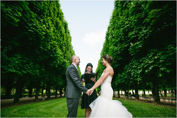 wedding celebrant in Paris