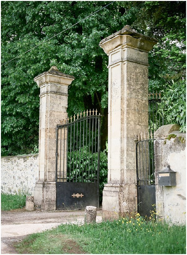 Chateau entrance gate for a dordogne wedding