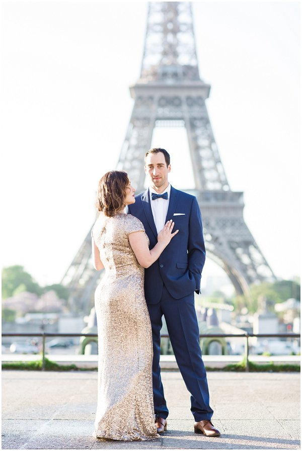 engagement photography at Eiffel Tower