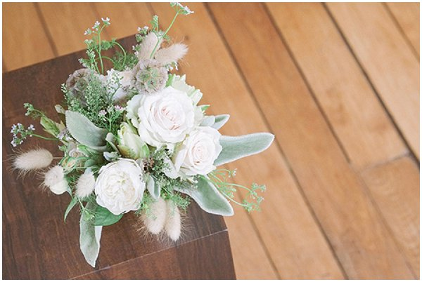 natural wedding styling