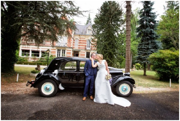 Dordogne vintage wedding car