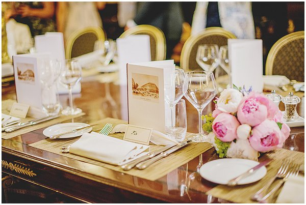 chic and simple wedding table