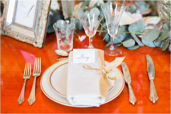 classic white and gold wedding ideas