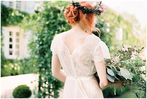 floral crown style for a bride