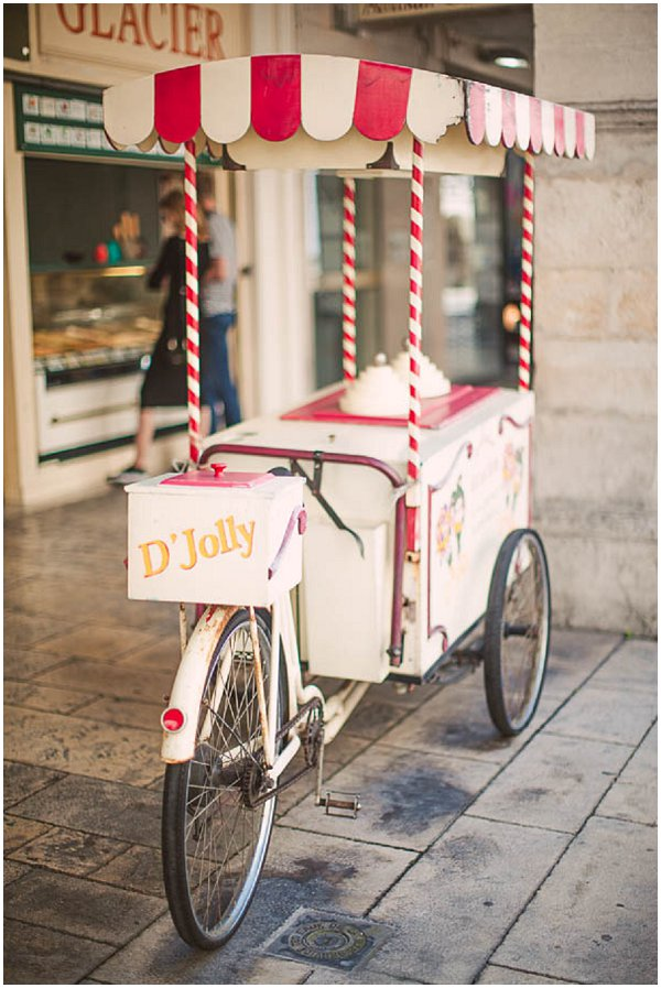 vintage icecream cart