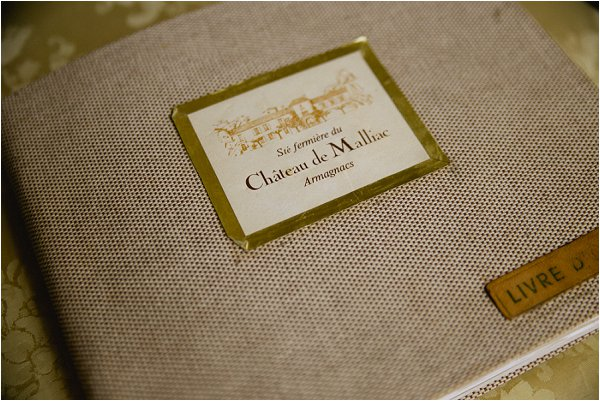 Chateau guest book