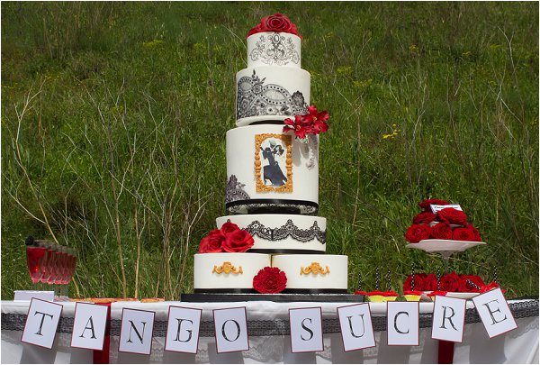 tango inspired wedding cake