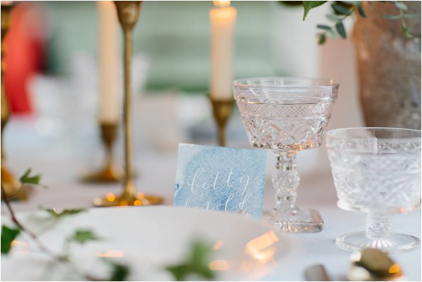 creating romantic table settings