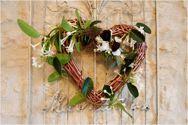 winter wedding heart decoration