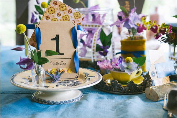 bold color wedding table