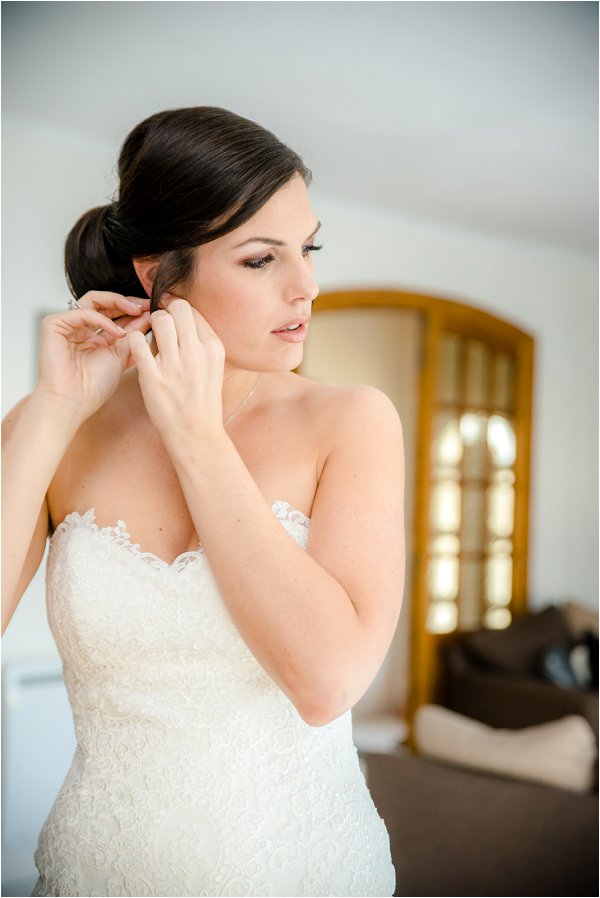 chic French bridal hairstyle