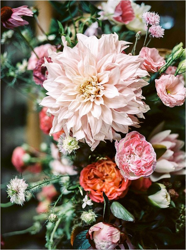 flower ideas for intimate wedding