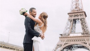 get married at Eiffel Tower