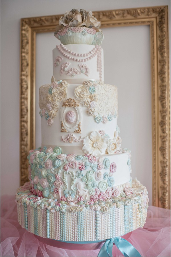 Luxury Wedding Cake Designer in France