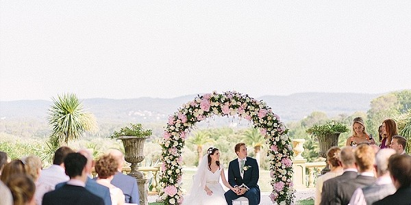 Pretty blooms for chateau wedding