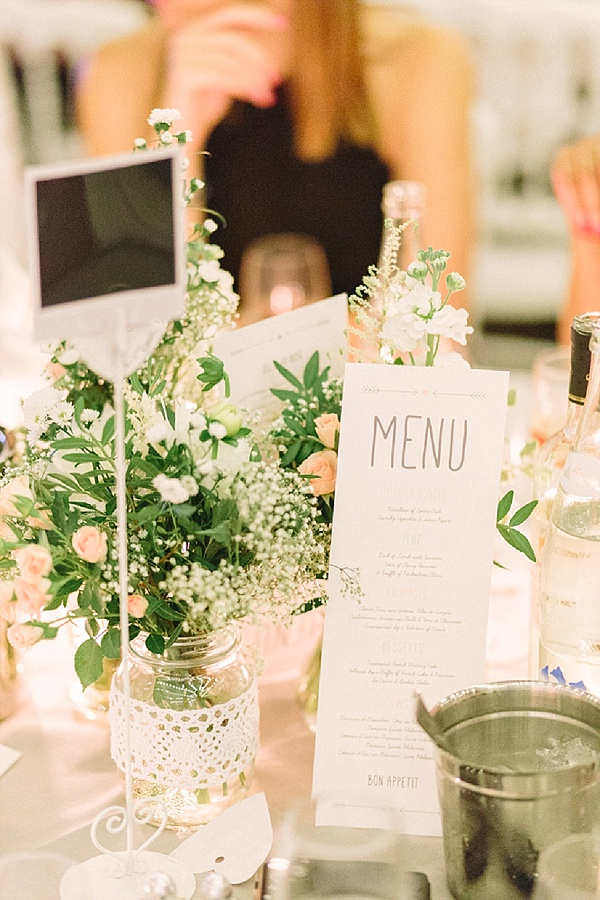 Simple, Pretty wedding table decorations
