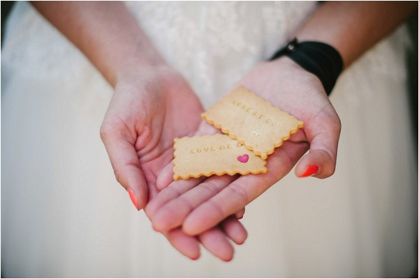 personalised wedding biscuits