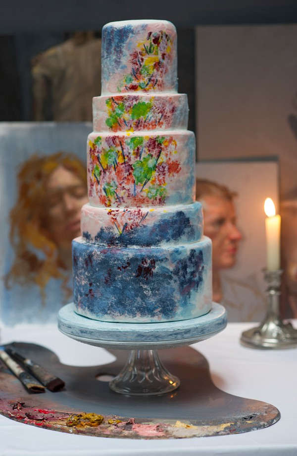 Chagall-inspired wedding cake
