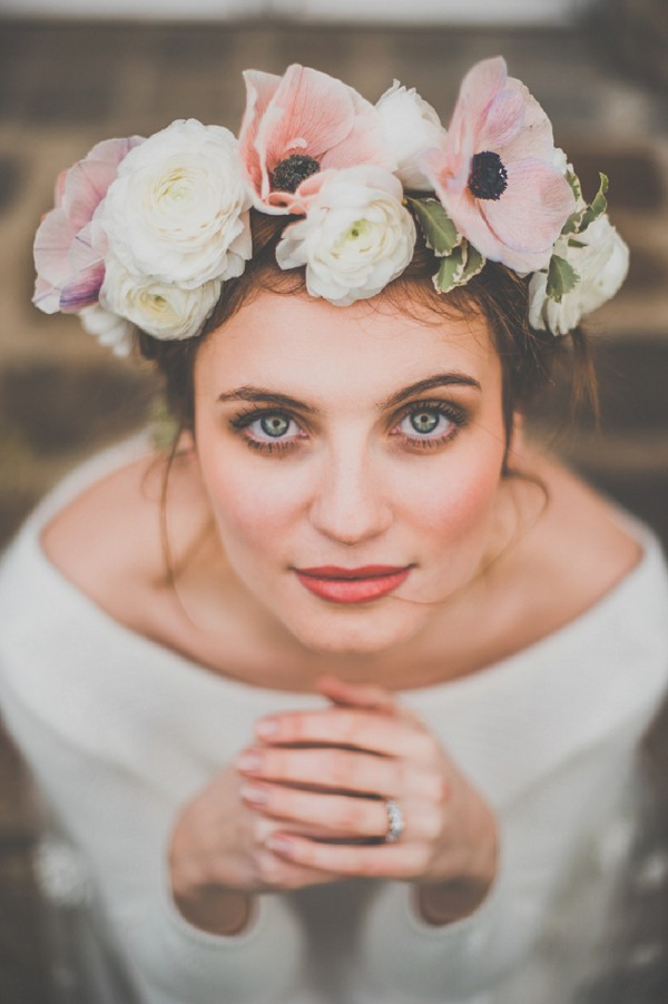 anemone flower crown