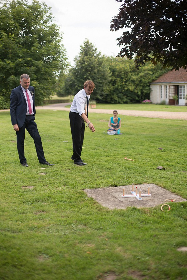 Garden Games For Relaxed Wedding