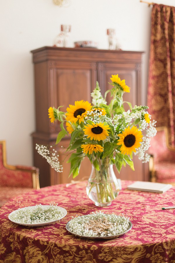 Sunflower inspired wedding