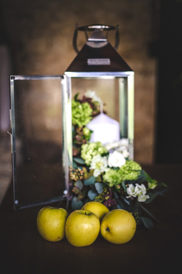 Apple wedding centerpiece