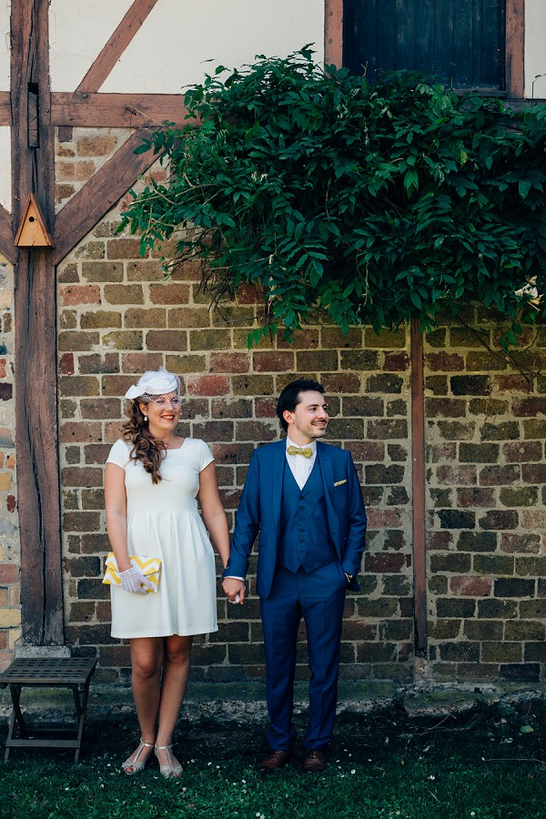 Vintage inspired brides wedding outfit