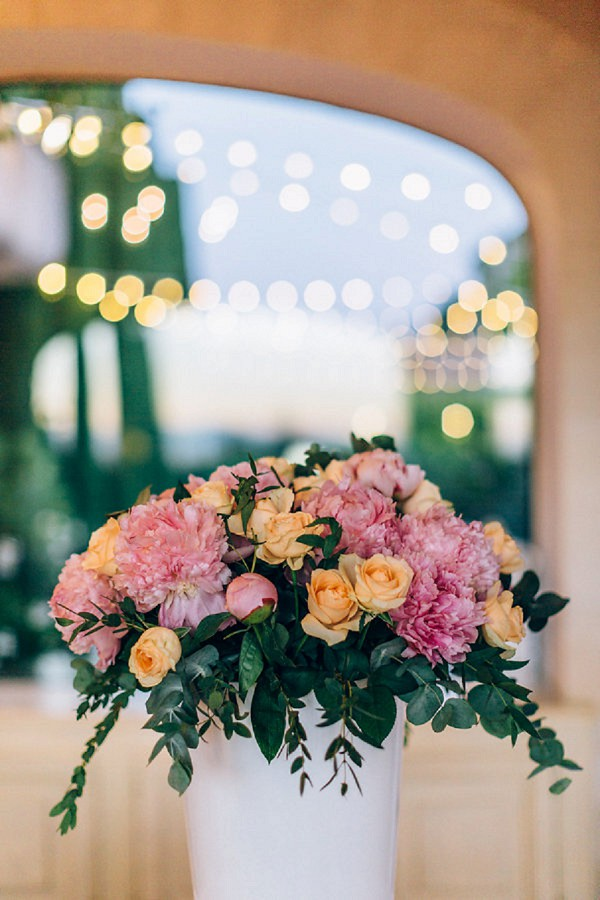 rose and peony wedding blooms
