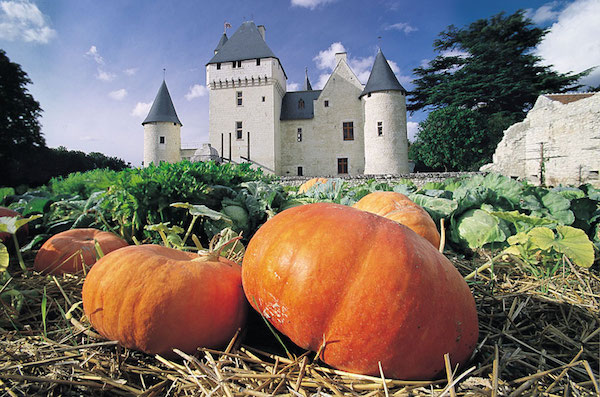 15 French Autumn Wedding Ideas Loire valley Chateau
