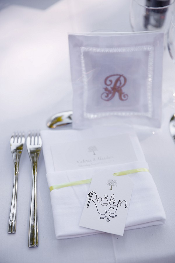 Embroidered wedding favour