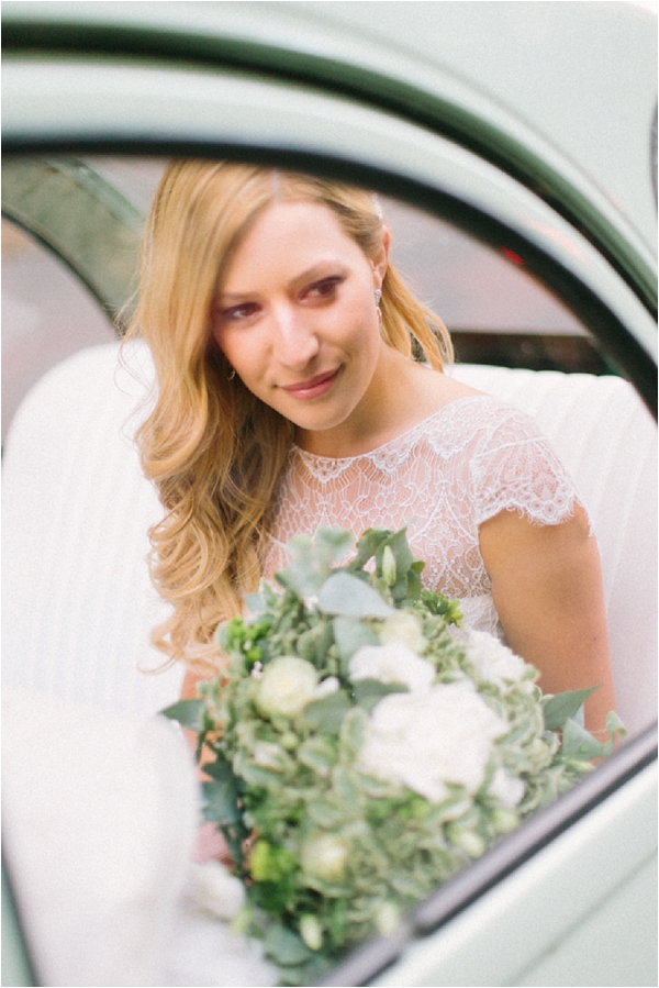informal relaxed bridal style | Image by Maya Maréchal Photography