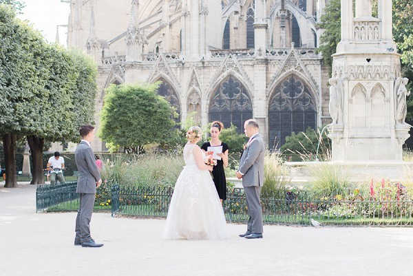 outdoor elopement Paris