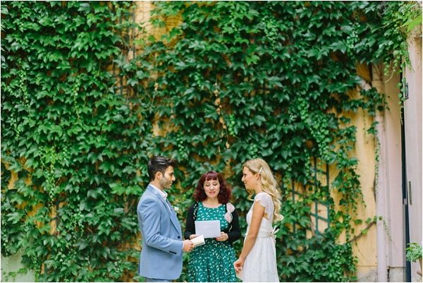 planning your elopement in paris | Image by Maya Maréchal Photography
