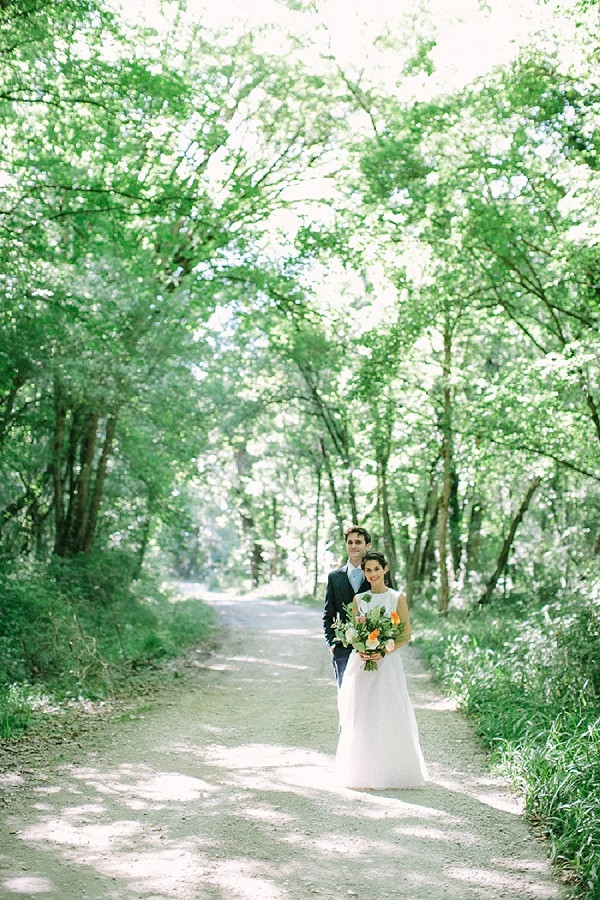 Countryside bride and groom