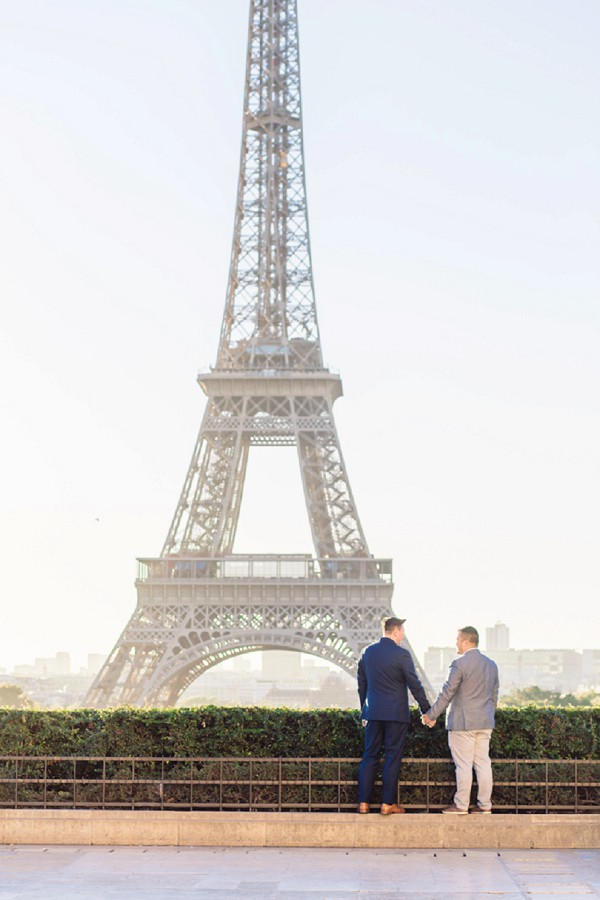 Eiffel tower couple shoot