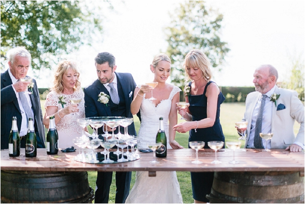 rustic champagne bar | Image by Ian Holmes Photography