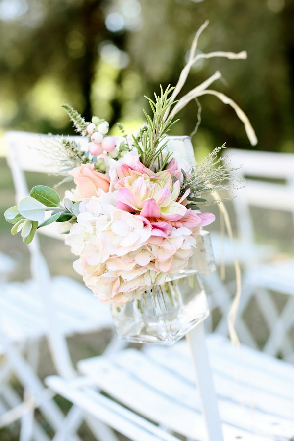 Light pastel wedding flowers