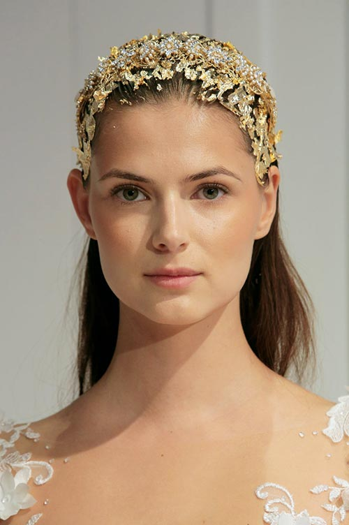 bridal tiaras are back