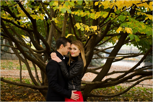 poses for engagement photography, Image by Shantha Delaunay