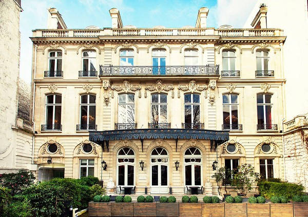 Luxury hotel le marois real wedding french wedding style for Hotel le france