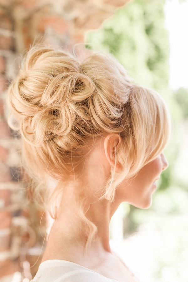 Pin Ups Bridal Hair