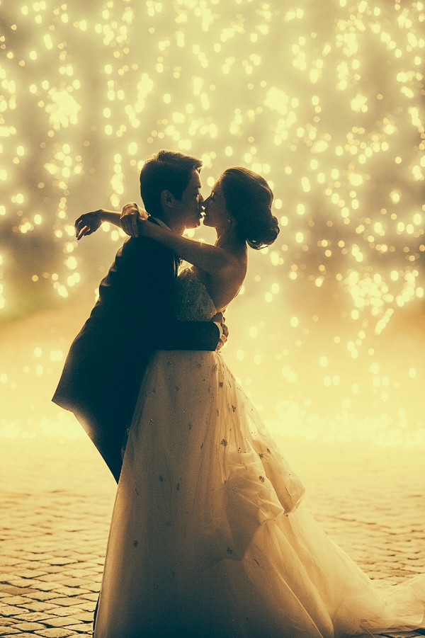 romantic firework wedding photo