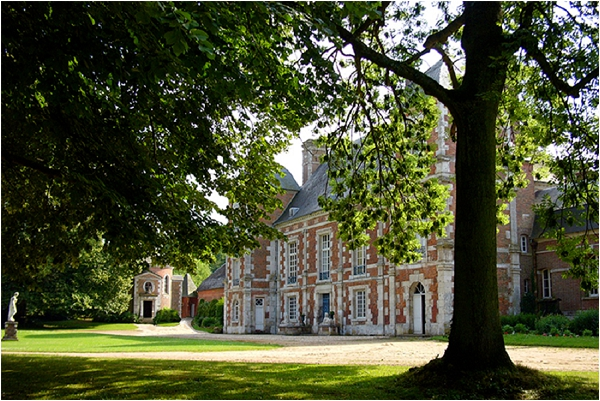 Intimate Wedding Venue Chateau de Bonnemare 0008